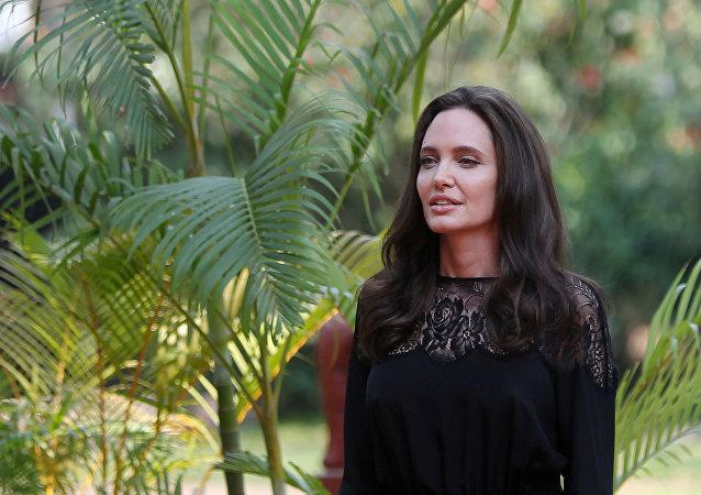 Angelina Jolie, actriz estadounidense