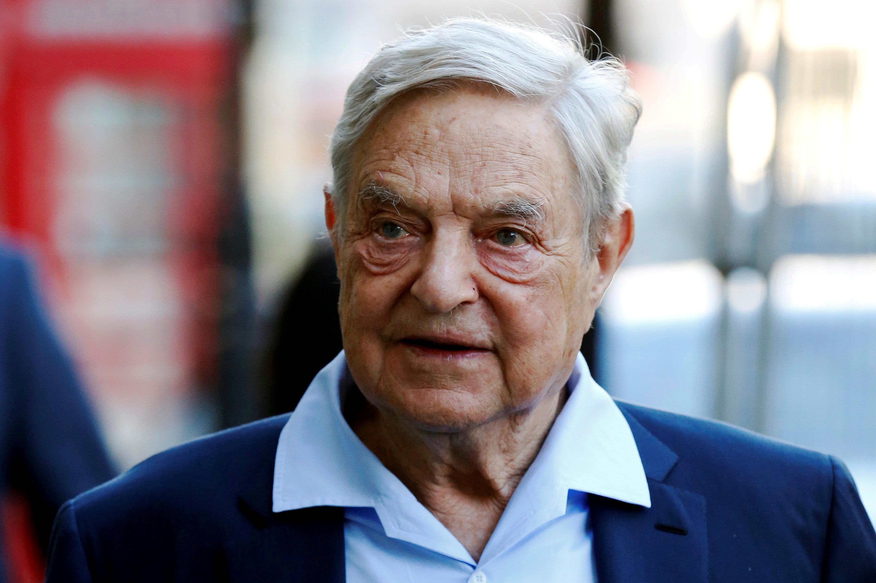 El especulador financiero George Soros arriba a Londres para intervenir en el Club Rusia Abierta (Open Russia Club), 20 de junio de 2016.