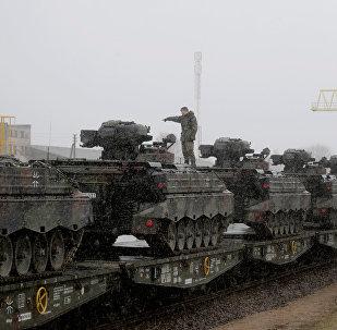 El último lote de vehículos militares de Alemana ha llegado a Lituania