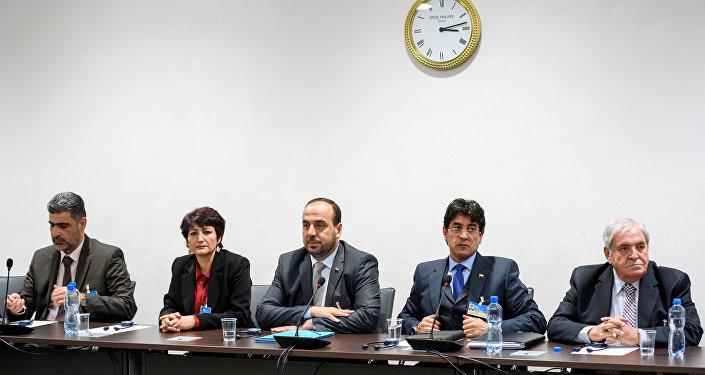 Miembros del ACN durante las consultas intersirias en Ginebra
