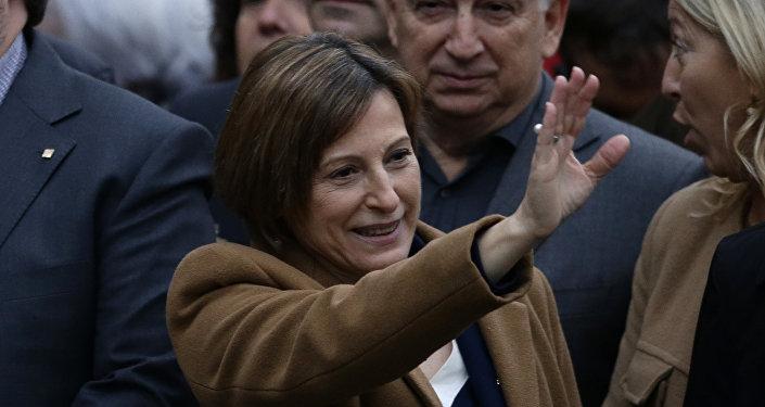 Fijan cárcel con fianza para presidenta del disuelto Parlamento de Cataluña