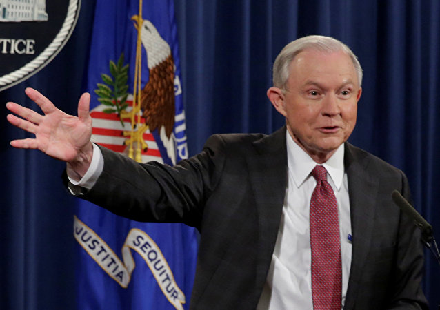 Jeff Sessions fiscal general de EEUU (archivo)