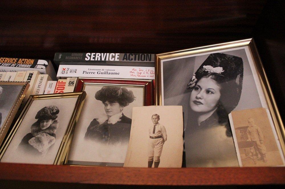 Fotos de los ancestros de Eugenio Dobrynin, en su casa