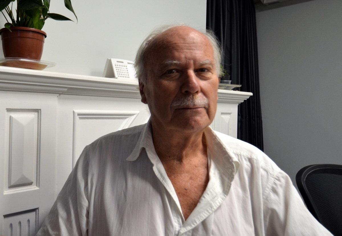 Sasha Tolstói, bisnieto del gran escritor ruso, visita la redacción de Sputnik en Montevideo