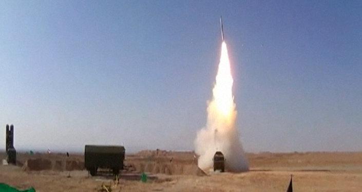 Irán prueba los S-300 rusos contra los blancos reales