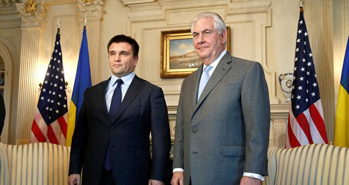 Secretario de Estado de EEUU, Rex Tillerson, y canciller de Ucrania, Pavló Klimkin