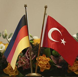 Banderas de Alemania y Turquía