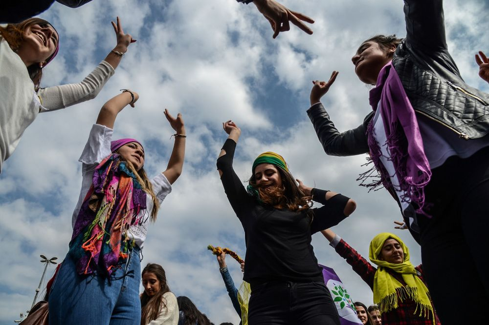 La manifestación en la ciudad turca de Diyarbakir en el Día Internacional de la Mujer