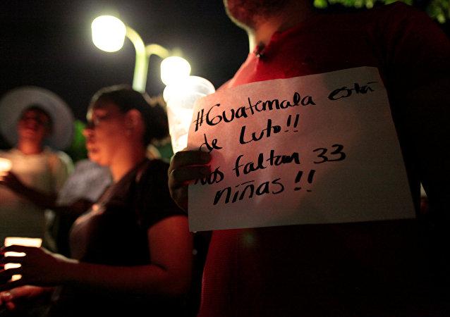 Protesta en Guatemala tras el incendio que mató más de una treintena de adolescentes en pleno Día de la Mujer