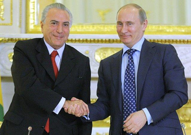 Michel Temer, presidente de Brasil y Vladímir Putin, presidente de Rusia