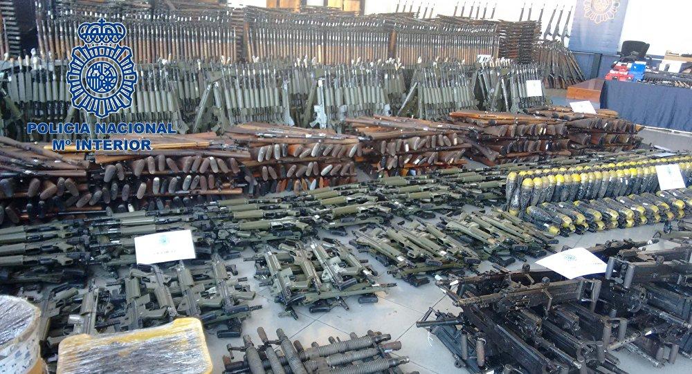 Ascienden a más de 10.000 las armas del arsenal de guerra intervenido en Bizkaia, Girona y Cantabria
