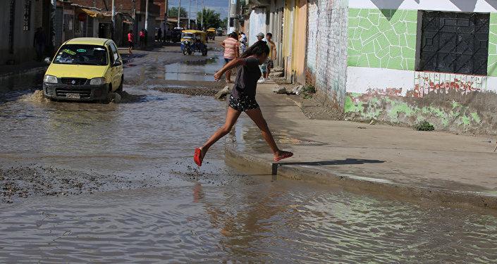 Poblado inundado en el departamento de Piura, Perú