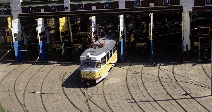 Tranvía moscovita en los años noventa