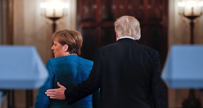 El presidente estadounidense, Donald Trump, y la canciller alemana, Ángela Merkel