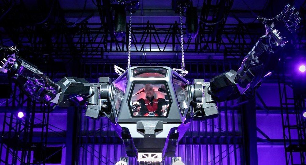 Jeff Bezos pilotea un Method-2