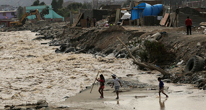 Inundación en Lima, Perú (archivo)