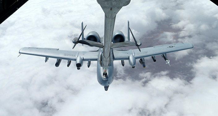 Caza estadounidense A-10 Thunderbolt-2