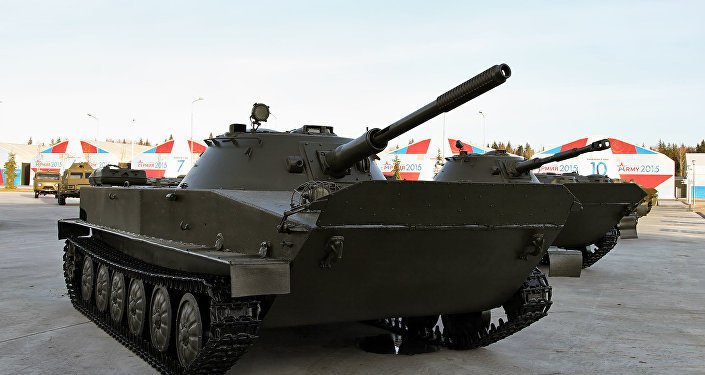 PT-76 soviético (archivo)