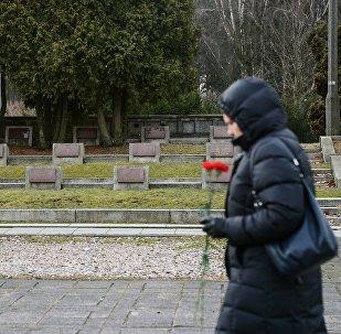 Сementerio de soldados soviéticos en Varsovia