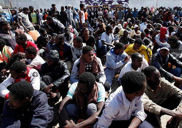 Los migrantes rescatados en Libia