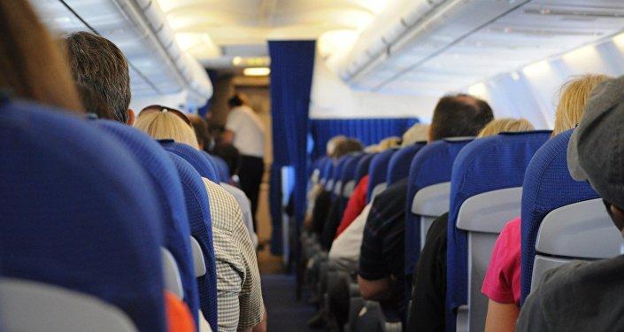 Cabina de pasajeros de un avión (imagen referencial)