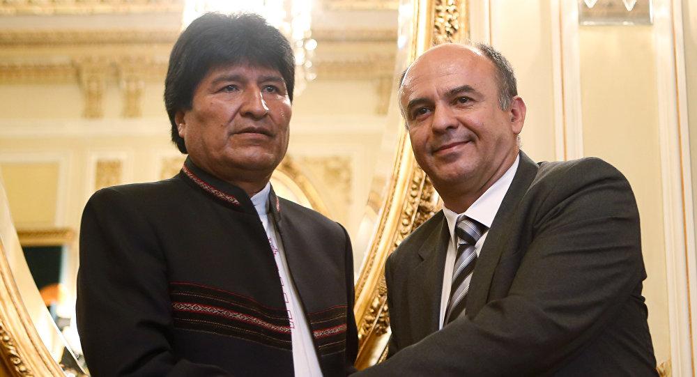 Presidente de Bolivia, Evo Morales, y ministro de Defensa de Bolivia, Reymi Ferreira (archivo)