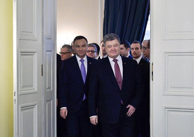 El presidente de Polonia, Andrzej Duda, y el presidente de Ucrania, Petró Poroshenko