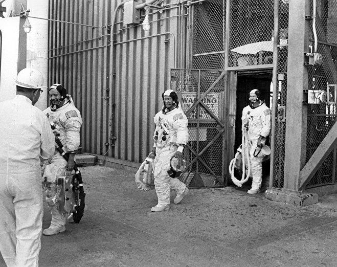 La tripulación de la misión espacial Apolo 11. De izquierda a derecha: Neil Armstrong, Buzz Aldrin y Michael Collins