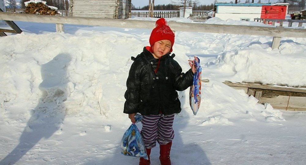 Saglana, niña rusa que recorrió 8 kilómetros por la taiga siberiana en busca de ayuda para su abuela