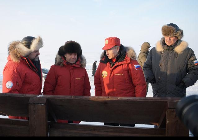 La expedición de Putin y Medvédev al Ártico