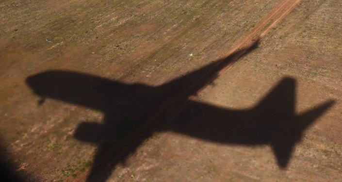 La sombra de un avión (archivo)