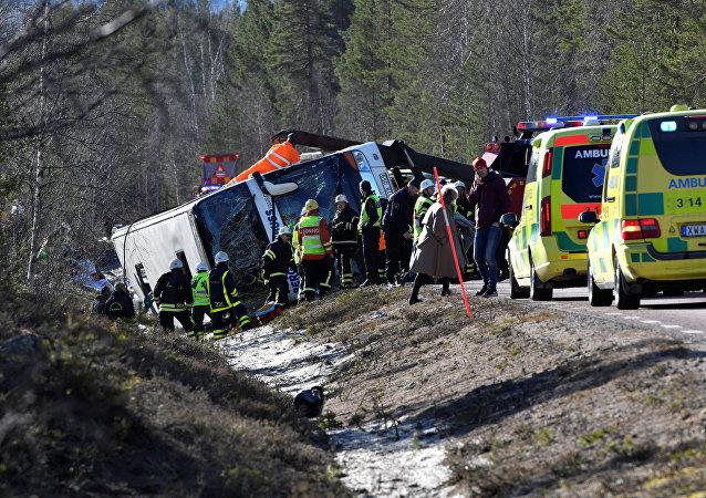El autobús volcado en Suecia