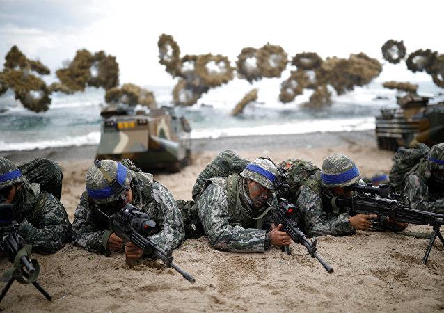 Maniobras conjuntas de Corea del Norte y EEUU 'Foal Eagle'