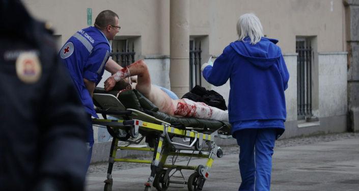 Explosión sacude el metro de San Petersburgo (fuertes imágenes)
