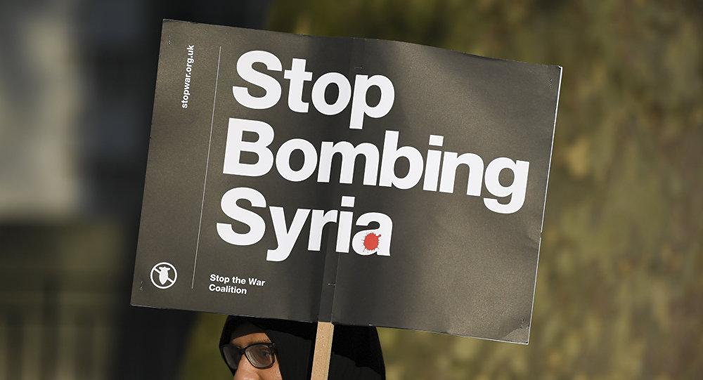 Protestas contra los bombardeos en Siria