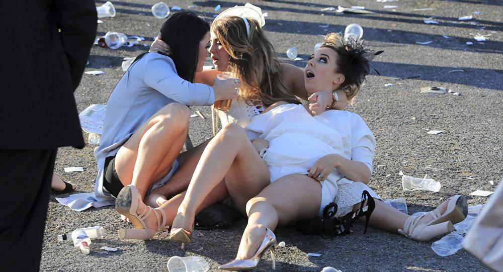 Britanicas Borrachas Celebran El Ladies Day Fotos Impactantes