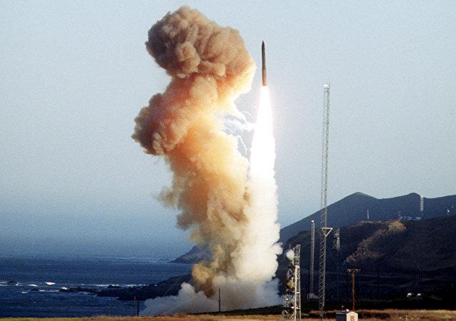Lanzamiento de prueba del misil Minuteman III