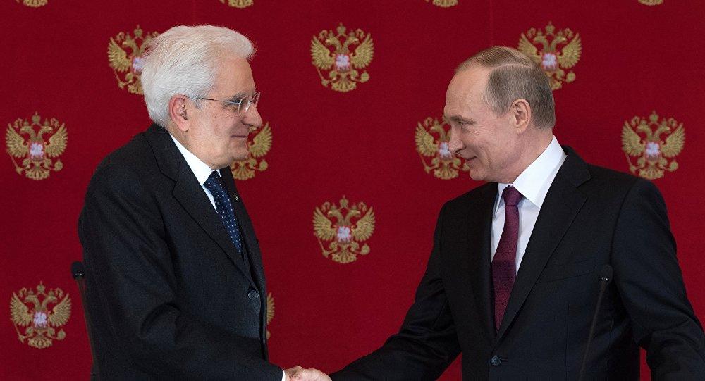 Sergio Mattarella, presidente de Italia y  Vladímir Putin, presidente de Rusia