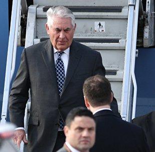 Rex Tillerson, secretario de Estado de EEUU, aterriza en Moscú