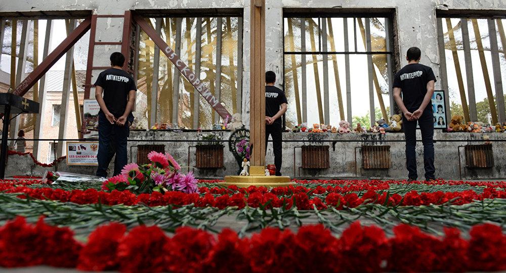 Homenaje a las víctimas del atentado en Beslán de 2004