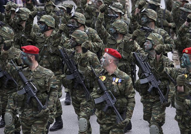 Soldados griegos