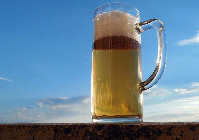 Una cerveza (imagen referencial)