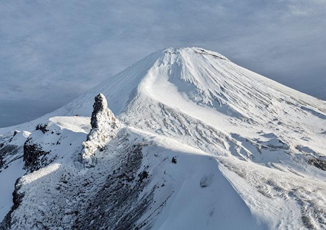 El volcán Aváchinski
