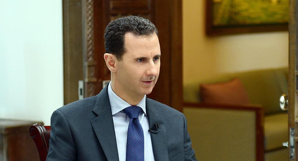 Bashar Asad, presidente sirio, durante la entrevista con la agencia Sputnik