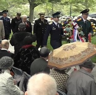 Veteranos soviéticos conmemoran el Día del Elba en EEUU