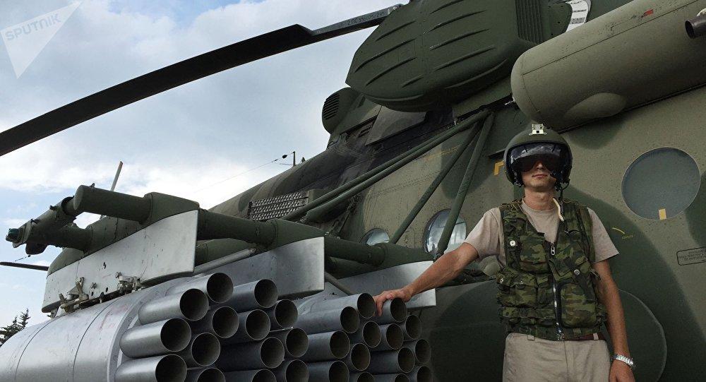 Piloto ruso en la base aérea de Hmeymim en Siria