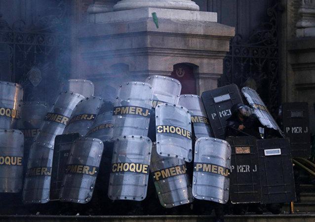 Policía de Brasil durante la huelga