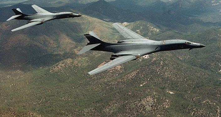Cazas rusos interceptan dos aviones espías de Estados Unidos sobre el Báltico