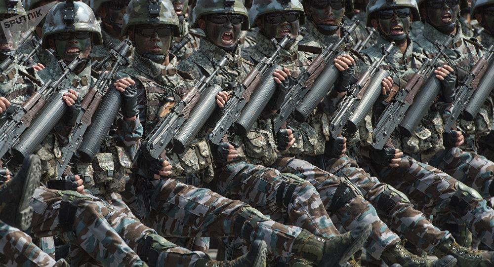 Fuerzas especiales norcoreanas durante un desfile en Pyongyang