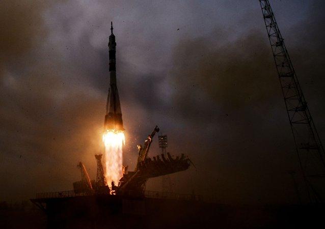 Rusia lanza el cohete portador Soyuz-FG en el cosmódromo Baikonur (archivo)